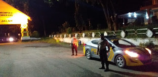 Menekan Angka Kriminal dimalam Hari Personil Polsek Enrekang Tetap Rutin Lakukan Patroli Malam