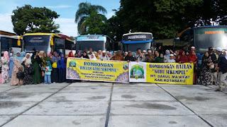 7 Bus Angkut Jamaah Haul Guru Sekumpul Asal Kotabaru