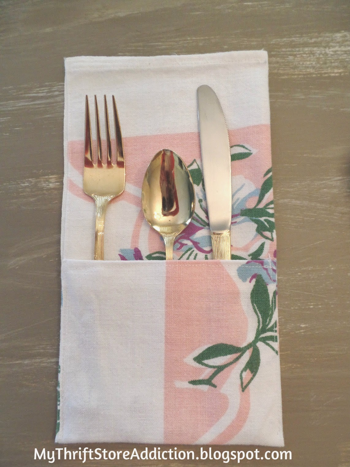 Repurposed flatware pocket