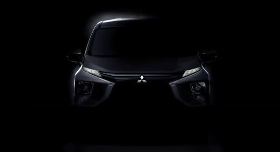 HomeOtomotifOto News  Mitsubishi Umbar Small MPV Penantang Toyota Avanza