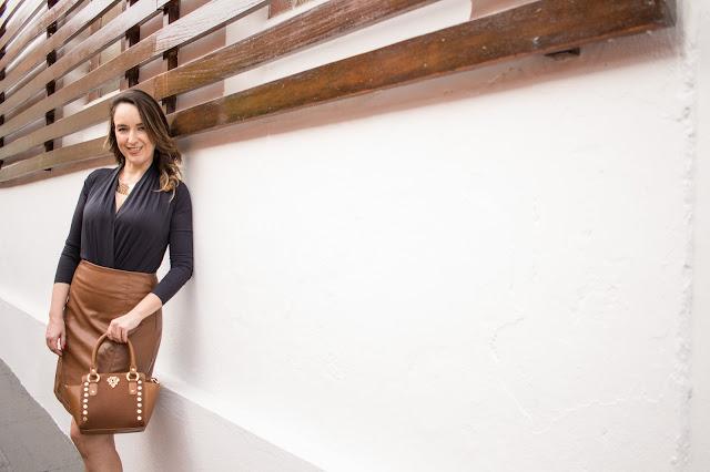 scarpin marrom com ilhós carmen steffens, bolsa marrom carmen steffens, carmen steffens, coleção alo inverno 2017 carmen steffens, blog camila andrade, blogueira de moda em ribeirão preto, fashion blogger em ribeirão preto, blog de dicas de moda, o melhor blog de moda, blog de moda do interior paulista