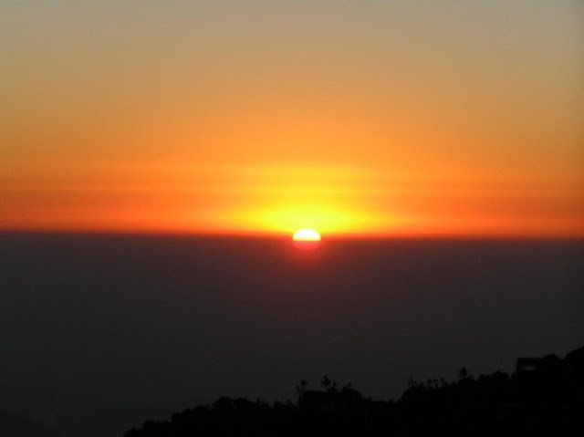Rise of the sun at Tiger Hill