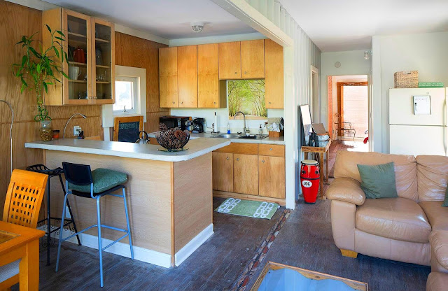 Headwaters Eco Retreat Shipping Container House, Florida 12
