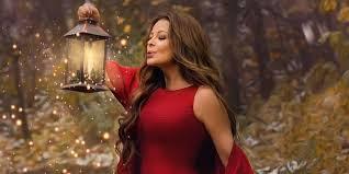 """النجمة اللبنانية كارول سماحة تكشف عن موعد طرح البومها الجديد """"كريسماس كارول"""""""
