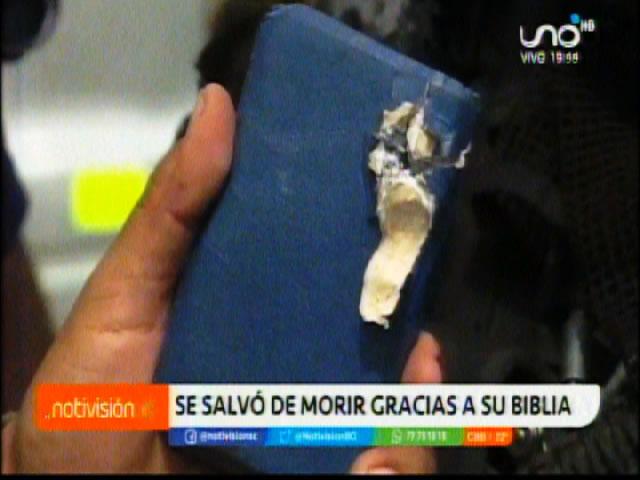 A un teniente su Biblia le salvó de morir de un balazo en Yapacaní en los enfrentamientos