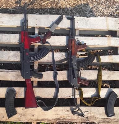 Double-AK-47-Pair-Romanian-Fixed-Sidefolder-Bayonet