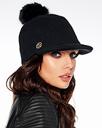 modne czapki damskie zima 2021 2022