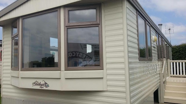 static caravan double glazing windows and doors in Holland