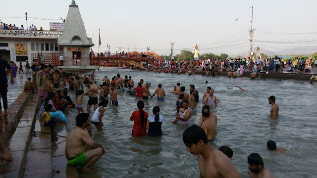 Temples near Har ki Pauri to Visit