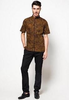 Baju batik slimfit untuk kerja modis