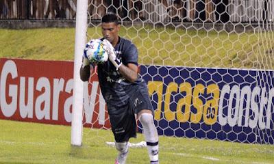 Crac contrata goleiro Edson, que disputou a Série D pelo Goianésia