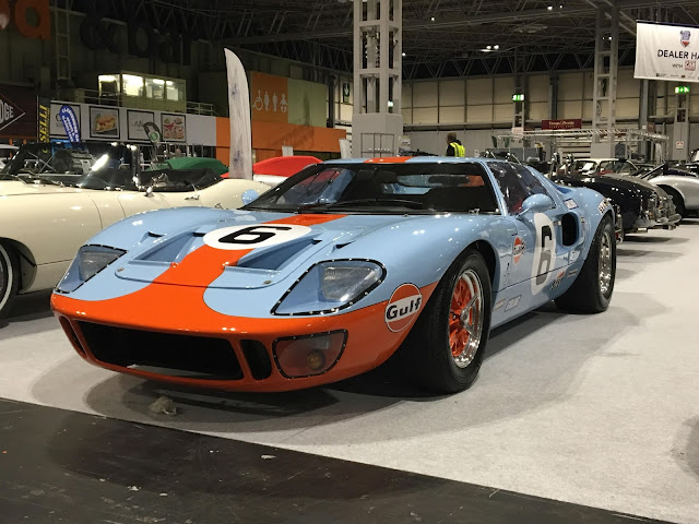 Ford GT40 1960s American classic endurance racing car