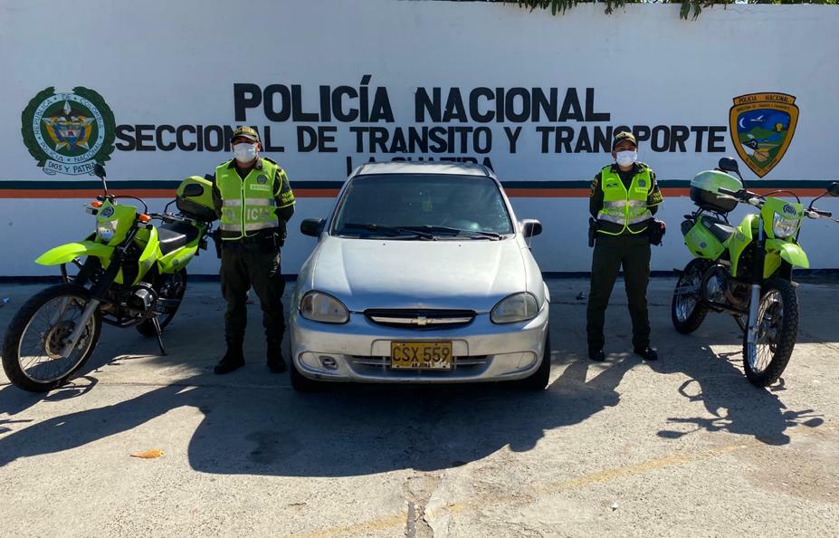 https://www.notasrosas.com/ En zona rural de Hatonuevo, capturan hombre con 26 kilos de cocaína