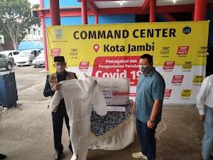 Walikota Jambi Menerima Bantuan APD Dari Pengusaha
