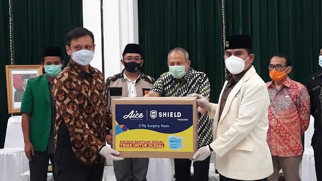 Aice dan GP Ansor Distribusikan Masker Gratis, Sekda Jabar : Vaksin dan Masker Sama Sama Penting