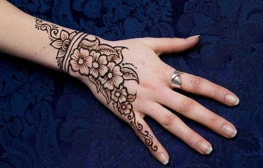 I Mehndi Henna Images : Latest simple eid henna new mehndi designs with images