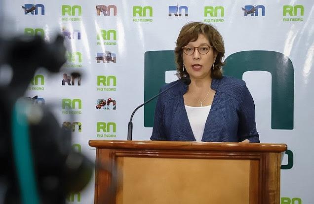 Gobernadora Carreras en carta abierta pidió una provincia unida y seguir apoyando al personal de salud
