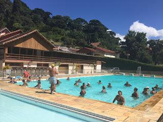 Prefeitura de Teresópolis oferece hidroginástica para grupos da Melhor Idade