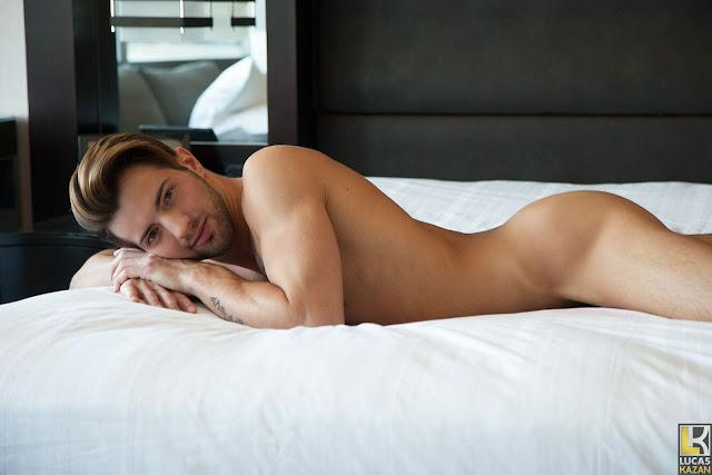 Lucas Kazan - Casey Everett, Up Close