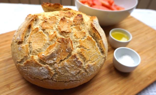 PAN casero 🍞 SIN AMASAR, en 3 minutos 🥖 receta muy fácil.