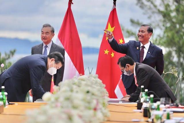 China bakal Bangun Pabrik Vaksin di Indonesia, Luhut: Mulai Produksi April 2022