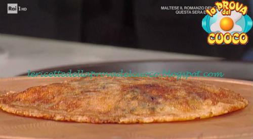 Frico con patate porri e gamberi ricetta Bastianich da Prova del Cuoco