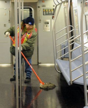 There's more than litter in New York City's travel framework