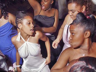 Kenya love in for ladies looking Date Women