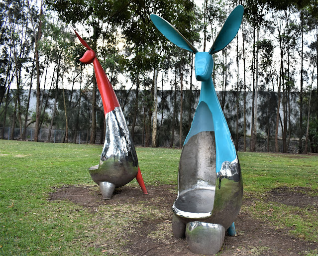 Beverly Hills Public Art | Canal to Creek sculpture by Tom Misura