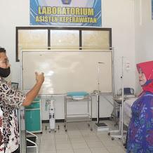Visitasi Jurusan Baru Asisten Keperawatan dan Teknik Laboratorium Medik