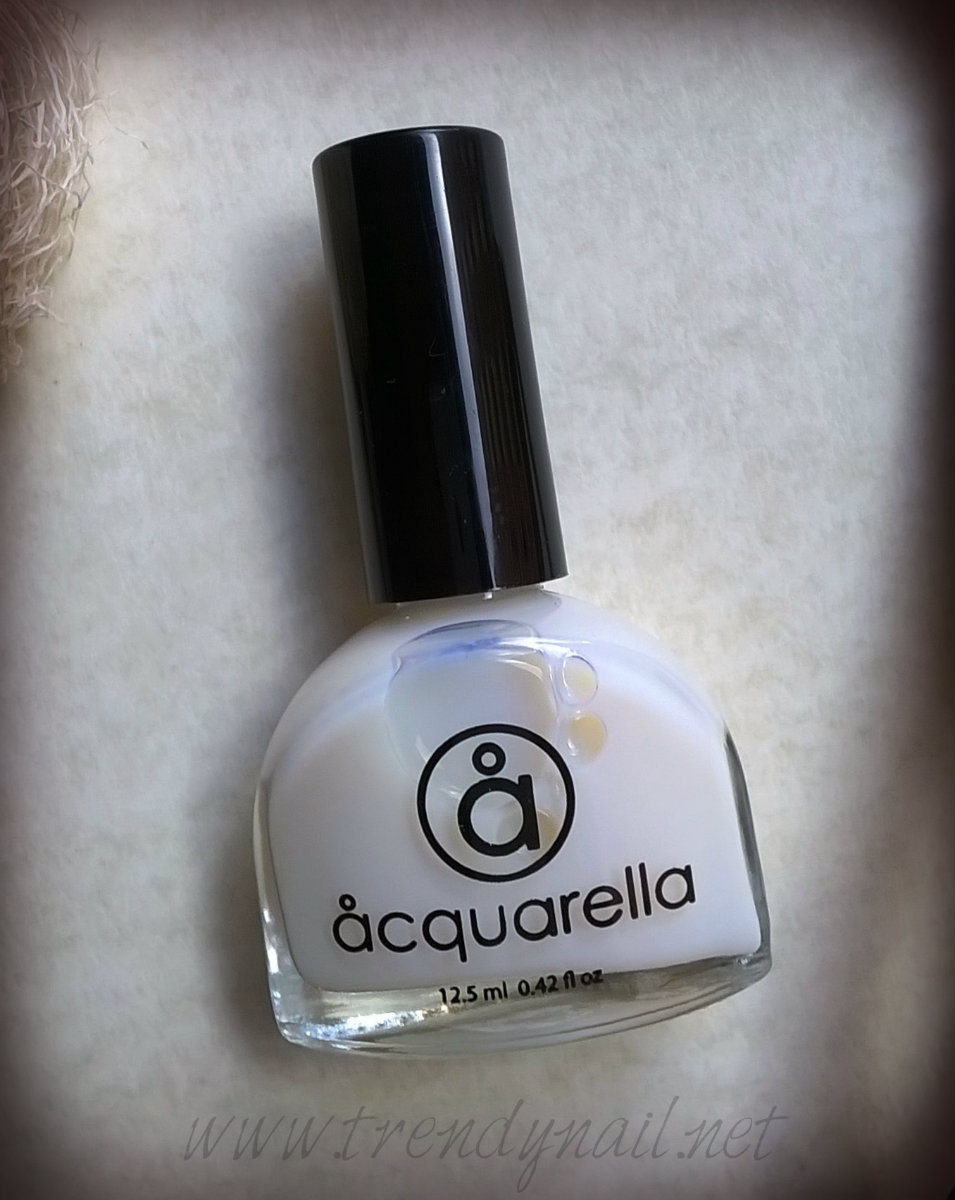 Acquarella: Nail Conditioner E Nail Polish In La Luna