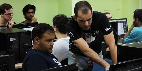 DB1 Group abre 30 vagas para curso gratuito de desenvolvimento de software