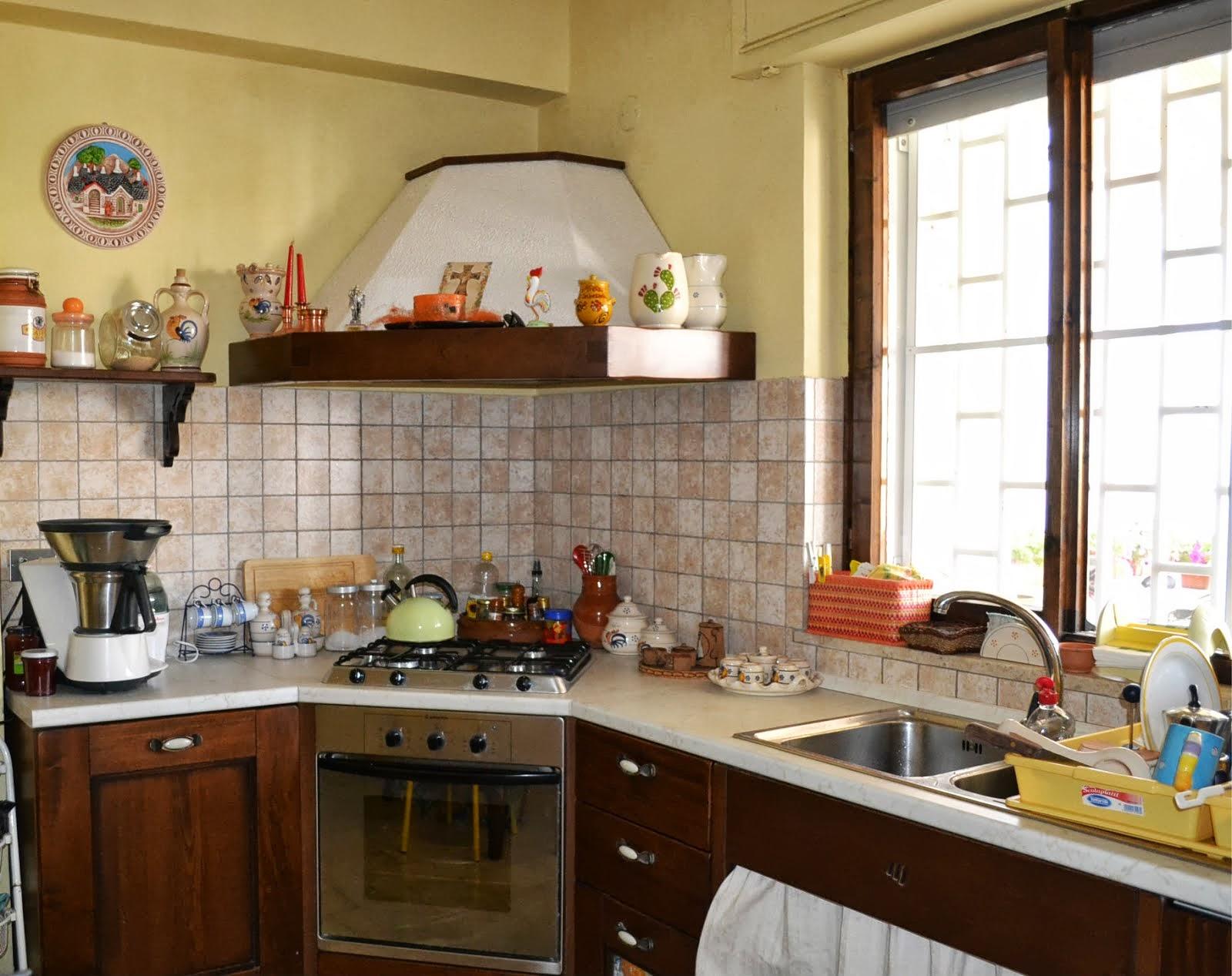 il cuore della casa: la cucina: COME RIVESTIRE UN SOTTOTORTA ...