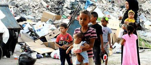 اللاجئين الفلسطينيين في السعودية اللاجئين الفلسطينيين في سوريا اللاجئين الفلسطينيين في مصر اللاجئين الفلسطينيين وصفقة القرن توطين اللاجئين الفلسطينيين المشاكل التي تواجه اللاجئين عدد اللاجئين الفلسطينيين في سوريا اللاجئين الفلسطينيين في صفقة القرن كم عدد الفلسطينيين في العالم 2018 كلام عن اللاجئين معنى لاجئ حقوق اللاجئين اللاجئين السوريين تعريف اللاجئين أسباب اللجوء بطاقة لاجئ دور المنظمات الدولية في حماية اللاجئين pdf كلمه عن اللاجئين اللاجئين في العالم مقالات عن اللاجئين بحث عن حقوق اللاجئين