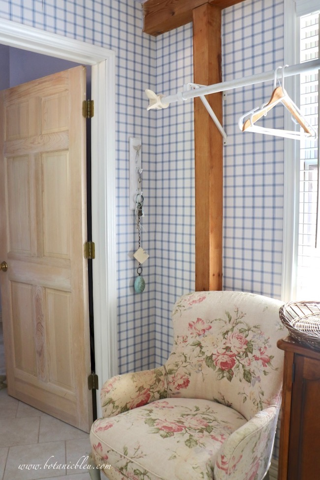 French Country Laundry One Room Challenge Wk 1 Before Post and Beam