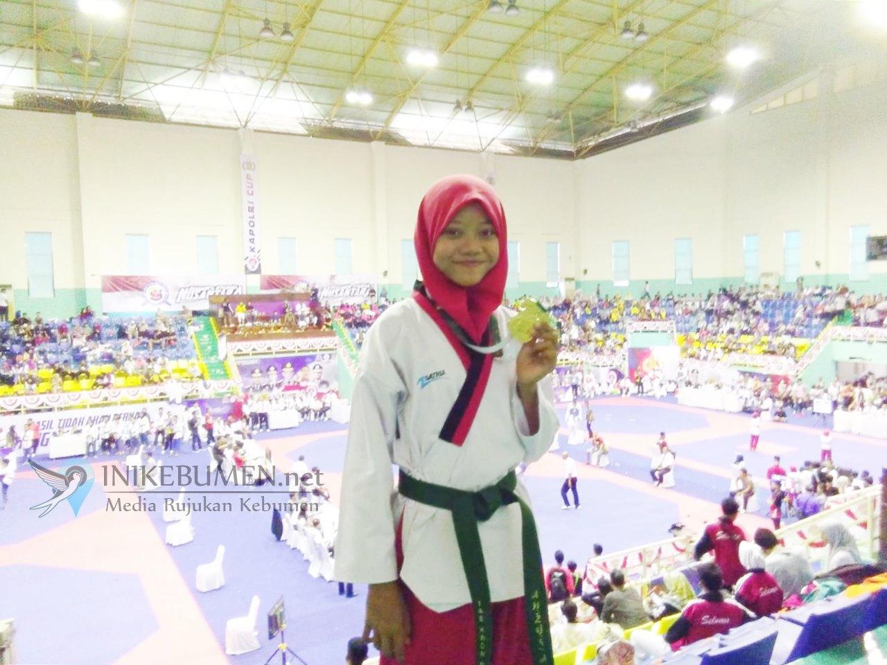 Alhamdulillah, Siswi SMP N 1 Karanganyar Raih Emas pada Kejurnas Tae Kwon Do