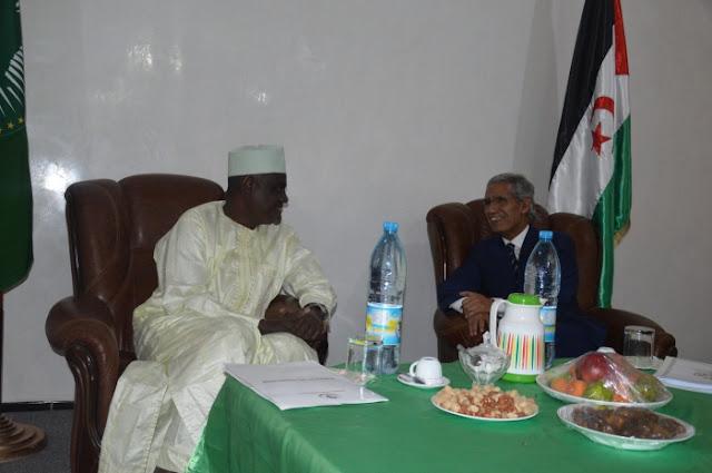 وزير الخارجية يجري محادثات مع رئيس مفوضية الإتحاد الإفريقي