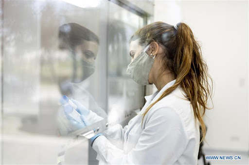 Estudios revelan anticuerpos en leche materna  contra COVID-19
