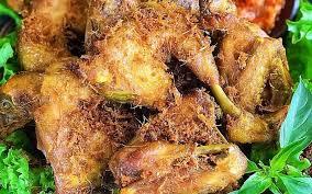 Ayam Goreng Lengkuas yang Gurih Harum