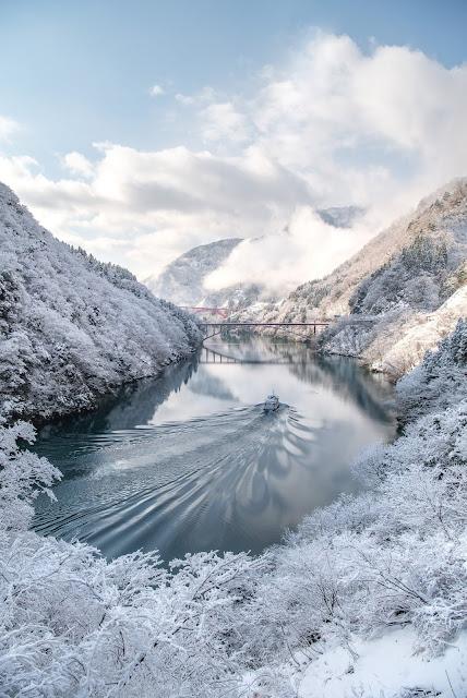庄川峡,船,雪,冬