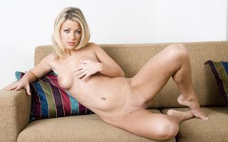 Ordinary Women Nude - Tea%2BJul-S01-037.jpg
