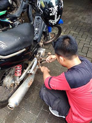 cek fisik sepeda motor
