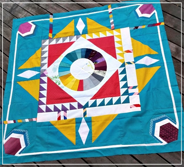 Puppilalla, Round Robin Quilt, Modern Quilting with solids, The Rakish Needle, Ombre Effect Quilt,