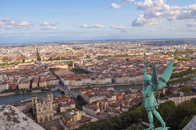 Vista panorámica de Lyon (Francia)