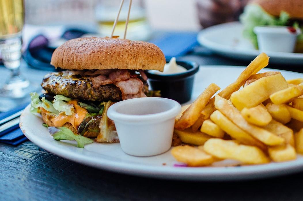 1. Hindari jenis makanan kimia dan Junk Food