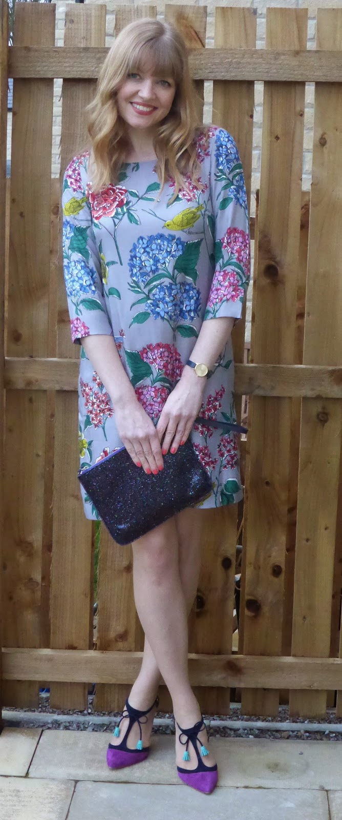 What Lizzy Loves, over 40 blogger. Boden silk Eliza printed tunic and Boden Alice heels