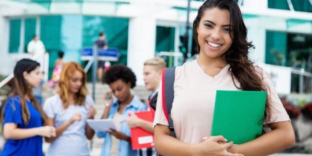 Hinson International Student Endowed Scholarships at University of South Alabama, USA