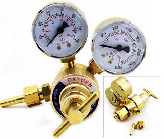 oxygen gas regulator manufactured by Victor
