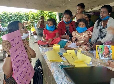 John Bosco school Kerala Teachers Ensure Children Living Under a Bridge Have Access to Online Classes