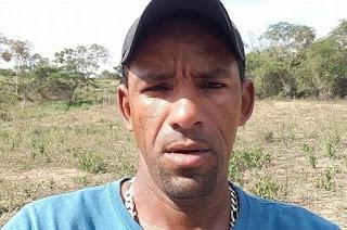 http://vnoticia.com.br/noticia/1401-motociclista-vitima-de-acidente-em-pingo-d-gua-segue-em-estado-grave